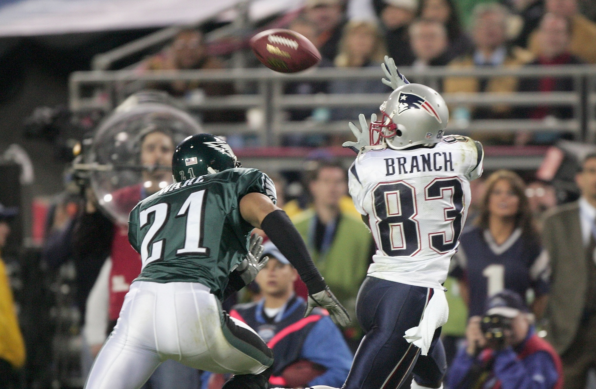 Super Bowl XXXIX : Patriots vs Eagles   LE SPORTIF DU